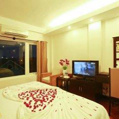 Hue Serene Shining Hotel & Spa 3* Номер Делюкс с различными типами кроватей