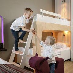 Отель Park Inn Central Tallinn 4* Люкс с различными типами кроватей фото 3