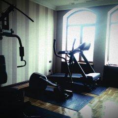 Отель Аиф Палас фитнесс-зал фото 2