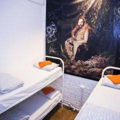 Hostel Petya and the Wolf V.O. Кровать в мужском общем номере фото 3