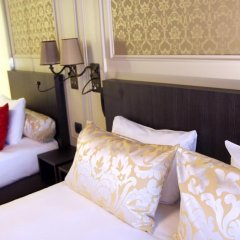 Best Western Hotel Le Montmartre Saint Pierre 3* Улучшенный номер с различными типами кроватей фото 3