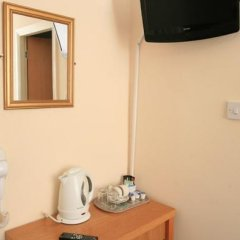 Smiths Hotel 2* Стандартный номер фото 15
