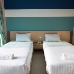 Отель JJ Residence Phuket Town 3* Улучшенный номер с 2 отдельными кроватями фото 3