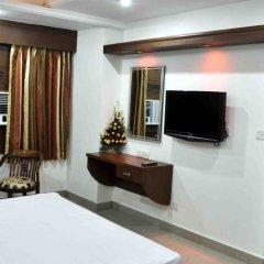 Отель Sarthak Palace Индия, Нью-Дели - отзывы, цены и фото номеров - забронировать отель Sarthak Palace онлайн удобства в номере фото 2