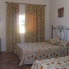 Отель Hostal El Canario Стандартный номер с различными типами кроватей фото 7