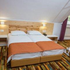 Гостиница Украина 3* Апартаменты с двуспальной кроватью фото 7