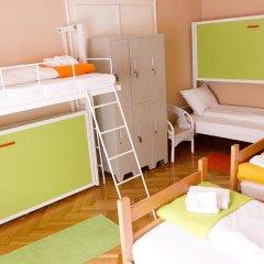 Hostel Beogradjanka Стандартный номер с различными типами кроватей (общая ванная комната) фото 9