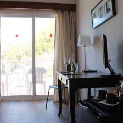 Отель Hostal Jakiton Улучшенный номер с различными типами кроватей фото 3