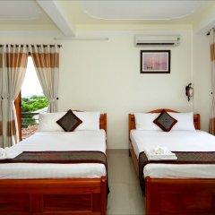 Отель Windy River Homestay 2* Стандартный семейный номер с двуспальной кроватью фото 3