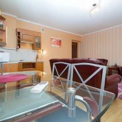 Апартаменты Luxrent apartments на Льва Толстого в номере фото 2