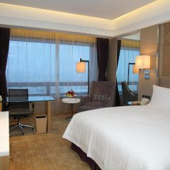 Shanghai Hongqiao Airport Hotel 4* Представительский номер с различными типами кроватей фото 2