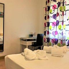 Отель La Palmera Hostal Барселона удобства в номере
