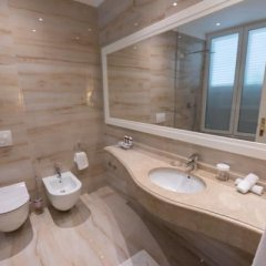 Palace Hotel And Spa Дуррес ванная