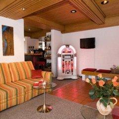 Hotel Alpina интерьер отеля