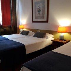 Отель Hostal LK Стандартный номер с различными типами кроватей фото 10
