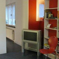Отель Ixelles 2 Hov 50800 развлечения