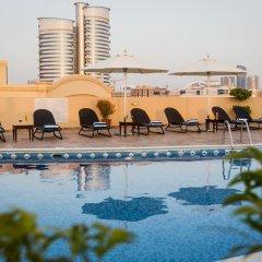 Отель Arabian Dreams Deluxe Hotel Apartments ОАЭ, Дубай - отзывы, цены и фото номеров - забронировать отель Arabian Dreams Deluxe Hotel Apartments онлайн бассейн