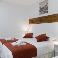 Отель Hostal Panizo Стандартный номер с 2 отдельными кроватями фото 3