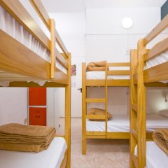 Отель Madrid Motion Hostels 2* Кровать в общем номере с двухъярусной кроватью фото 5