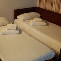 Отель Aparthotel Zenit Hall 88 4* Стандартный семейный номер с двуспальной кроватью фото 5