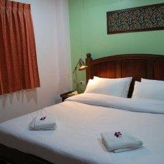 Отель Baan Sutra Guesthouse 3* Номер Делюкс фото 3