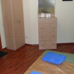 Hotel on Gorkogo Бердянск комната для гостей фото 4