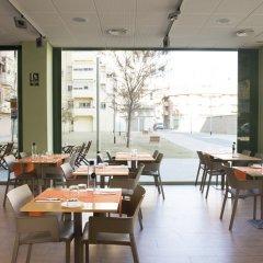 Отель Aura Park Fira Barcelona Апартаменты Премиум с различными типами кроватей фото 3