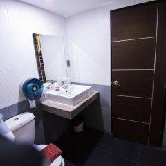 Отель MR.MAC'S 3* Номер Делюкс фото 7