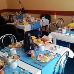Отель Penzion Fan Чехия, Карловы Вары - 1 отзыв об отеле, цены и фото номеров - забронировать отель Penzion Fan онлайн питание фото 3
