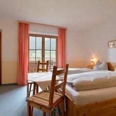 Отель Pension Edelweiss Австрия, Зёлль - отзывы, цены и фото номеров - забронировать отель Pension Edelweiss онлайн комната для гостей фото 2