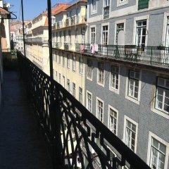 Отель Lisbon Happy Hostel by Sweethome Hospedagem Португалия, Лиссабон - отзывы, цены и фото номеров - забронировать отель Lisbon Happy Hostel by Sweethome Hospedagem онлайн балкон