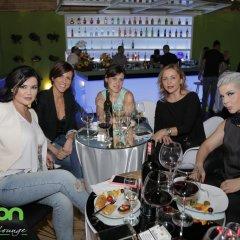 Отель Cocoon Hotel & Lounge Албания, Тирана - отзывы, цены и фото номеров - забронировать отель Cocoon Hotel & Lounge онлайн питание фото 3