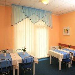 Отель Penzion Fan 3* Студия с различными типами кроватей фото 23