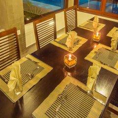 Отель Amba Ayurveda Boutique Hotel Шри-Ланка, Пляж Golden Mile - отзывы, цены и фото номеров - забронировать отель Amba Ayurveda Boutique Hotel онлайн развлечения