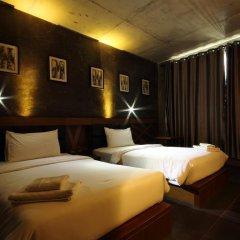 B2 Bangkok Hotel - Srinakarin 3* Улучшенный номер с различными типами кроватей фото 3