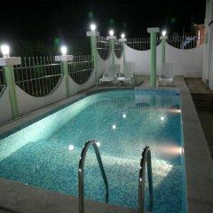 Отель Villa Happy Черногория, Тиват - отзывы, цены и фото номеров - забронировать отель Villa Happy онлайн бассейн фото 2