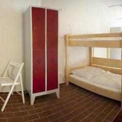 Subraum Hostel Кровать в общем номере с двухъярусной кроватью фото 5
