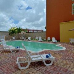 Отель City Express Junior Cancun Мексика, Канкун - отзывы, цены и фото номеров - забронировать отель City Express Junior Cancun онлайн бассейн фото 2