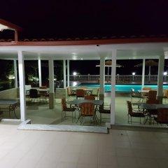 Hotel Relax Dhermi бассейн фото 2