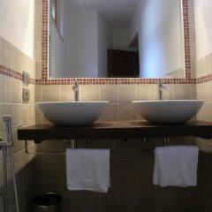 Отель Agriturismo I Poggi Gialli Синалунга ванная