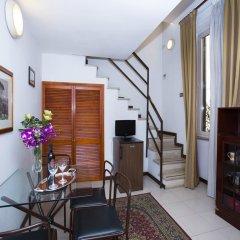Hotel Residence Villa Tassoni 3* Люкс с различными типами кроватей фото 12