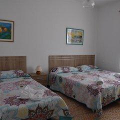 Отель Pensión Eva Стандартный номер с различными типами кроватей фото 6