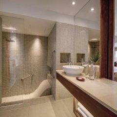Отель Outrigger Laguna Phuket Beach Resort 5* Стандартный номер с двуспальной кроватью фото 4