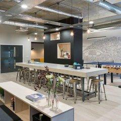 Отель Sketch House Великобритания, Лондон - отзывы, цены и фото номеров - забронировать отель Sketch House онлайн гостиничный бар
