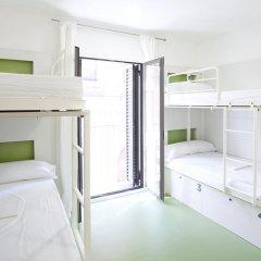 Sant Jordi Hostel Gracia Кровать в общем номере с двухъярусной кроватью фото 4