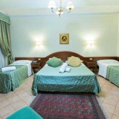 Hotel Gabriella 3* Стандартный номер с двуспальной кроватью фото 3
