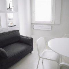 Отель Italianway - Turati комната для гостей фото 3