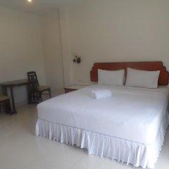 Отель Kasemsuk Guesthouse комната для гостей фото 4