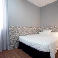 Отель Hostal Nitzs Bcn Стандартный номер с различными типами кроватей фото 3