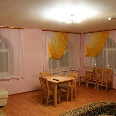 Гостиница Соловецкая Слобода комната для гостей фото 6